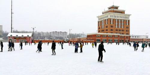 Ледовый каток в Центре хоккея на траве возобновляет работу
